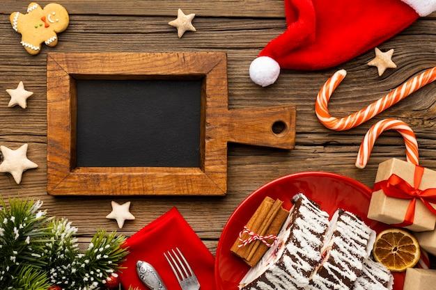 Assortimento di golosità natalizie tradizionali vista dall'alto