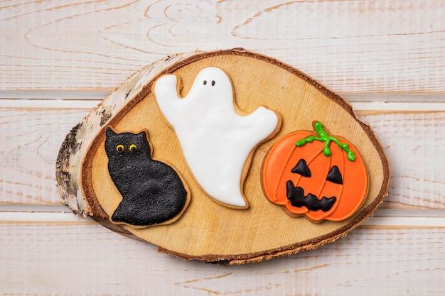 Вид сверху угощения для хэллоуина