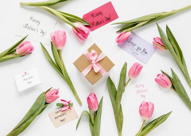 Top view tulips and present arrangement