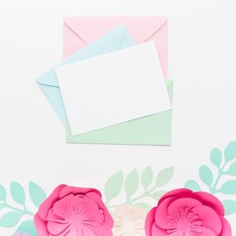 トップビューの結婚式の招待カード