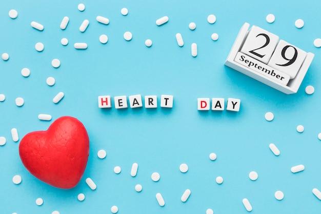 Вид сверху мира день концепция сердца