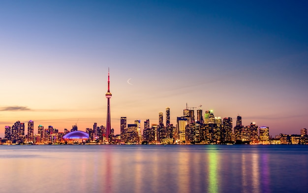 Toronto city skyline at night
