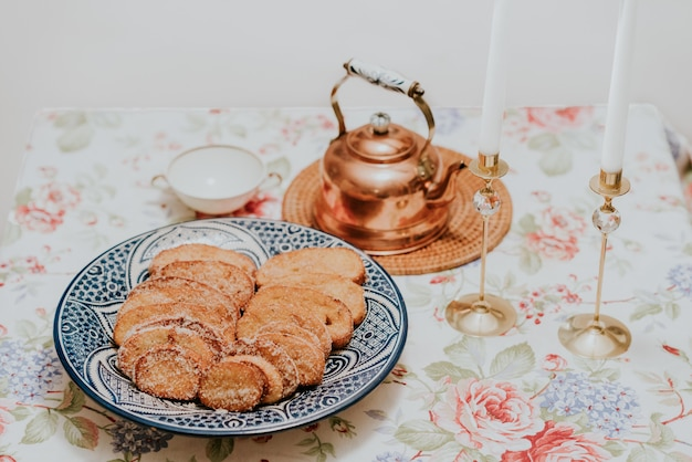 Torrijas y chocolate caliente en semana санта-де-эспанья