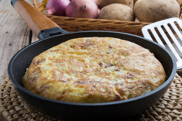 Tortilla de patatas (typical food spanish)