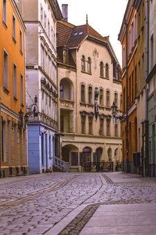 トルン、ポーランド-2017年7月21日:通りの古いポーランドの町トルンの眺め。トルン、ポーランド、2017年7月21日