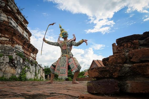 Tos-sa-kan, khon thai, 태국 전통 무용, phra nakhon si ayutthaya 지방의 mahayana 사원에서 열리는 전통 라마야나 드라마.