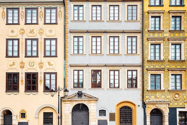 Туристическая зона старого города в варшаве, польша