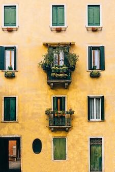 이탈리아의 오래된 베니스 거리의 관광 루트