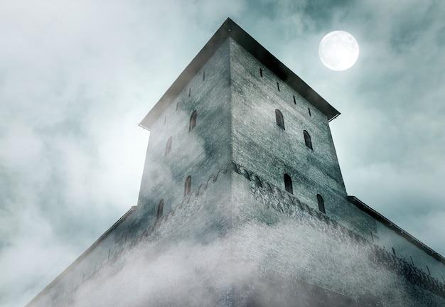 Башня и стена средневекового замка-крепости в туманную ночь при лунном свете