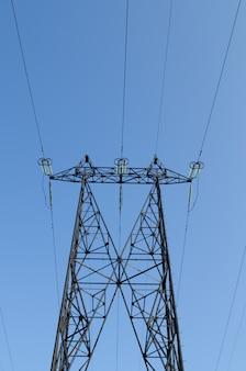 고전압 송전선로 용 타워