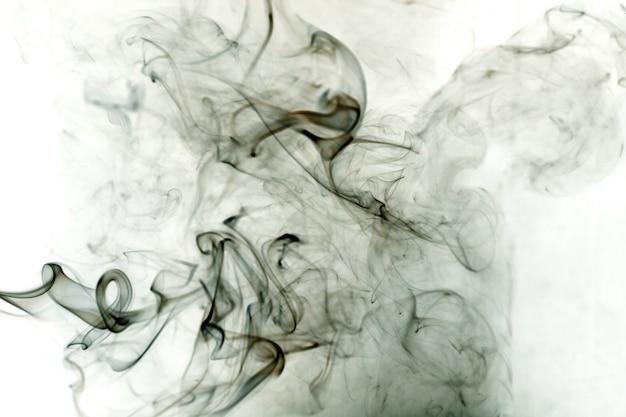 Токсичные пары на белом фоне