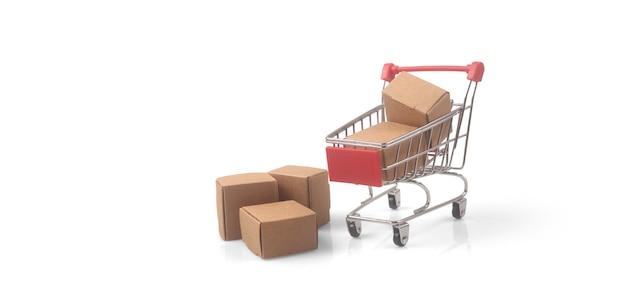 상자 쇼핑 및 배달 개념이 있는 장난감 쇼핑 카트. 소비사회 트렌드