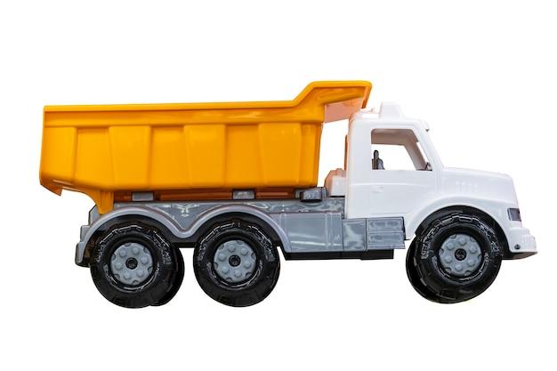 Игрушечный грузовик, изолированные на белом фоне. . фото высокого качества