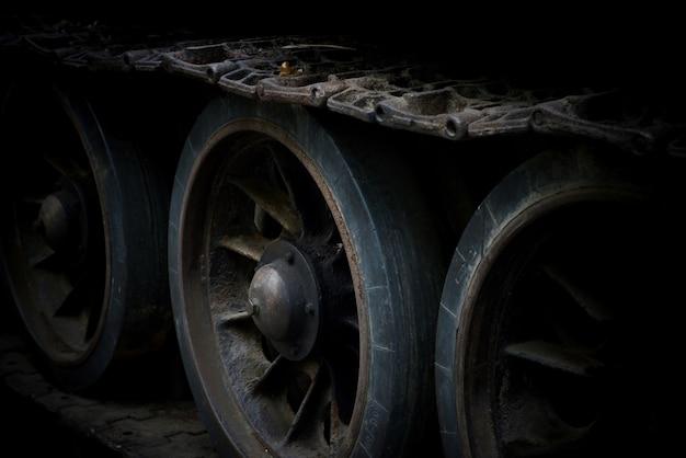 Дорожки и колеса