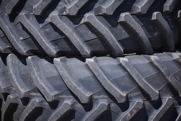 Тракторные шины колеса крупным планом шаблон