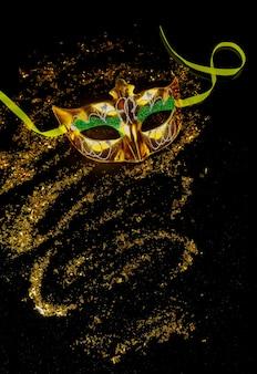 Традиционная карнавальная маска для маскарада. еврейский праздник пурим.