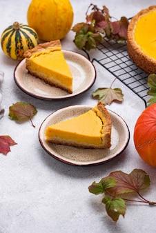 Традиционный осенний американский тыквенный пирог