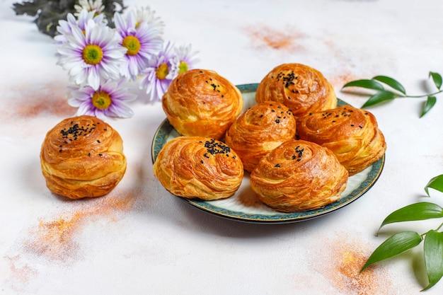 전통적인 아제르바이잔 휴일 novruz 과자 qogals.