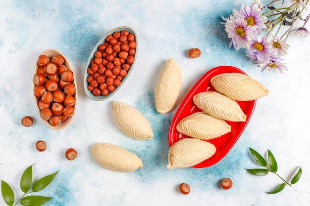 전통적인 아제르바이잔 휴일 novruz 과자 shekerburas.