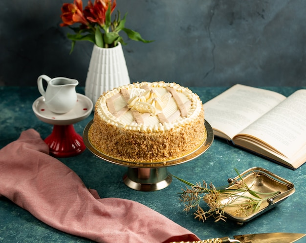 Traditional azerbaijani absheron cake decorated with butter cream and cake crumbles