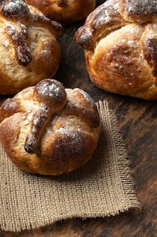 Pane tradizionale di composizione morta