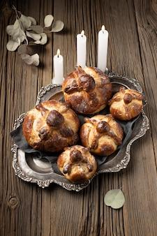 죽은 배열의 전통 빵