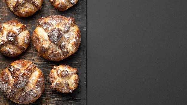 죽은 구성의 전통 빵