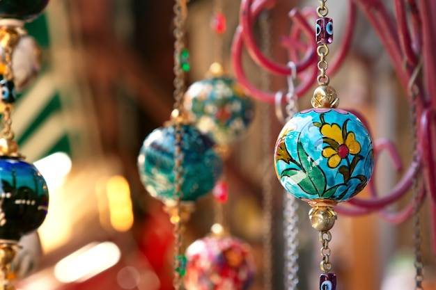 전통적인 밝은 장식 매달려 터키 램프