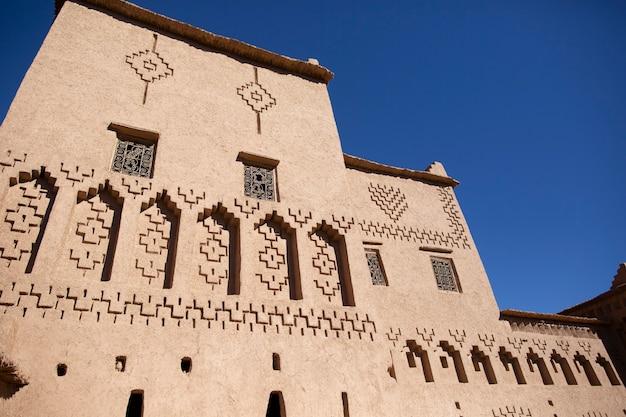 ワルザザートモロッコ近くの伝統的なカスバ要塞