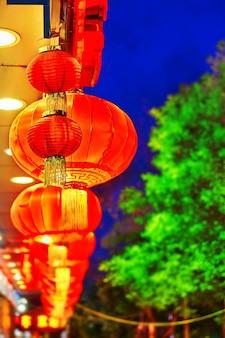 Традиционные китайские красные фонарики (шары). пекин, китай.