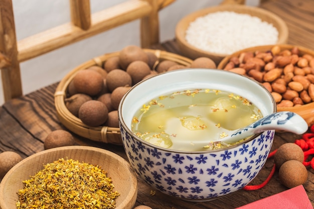 전통적인 중국 달콤한 주먹밥