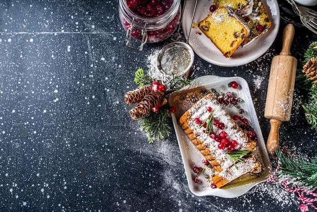 伝統的なクリスマスのフルーツケーキ