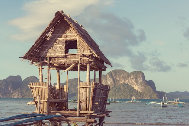 필리핀 팔라완 섬의 전통 어촌 마을