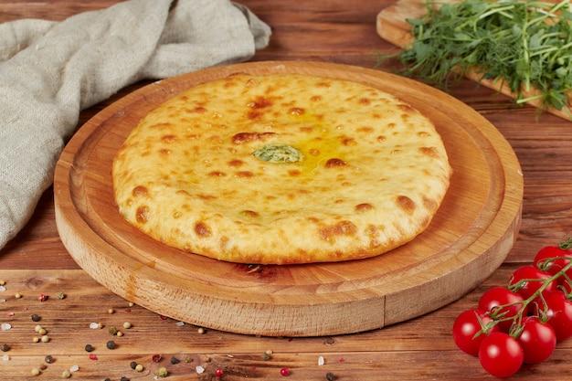 Традиционная грузинская кухня, закрытые пироги с начинкой