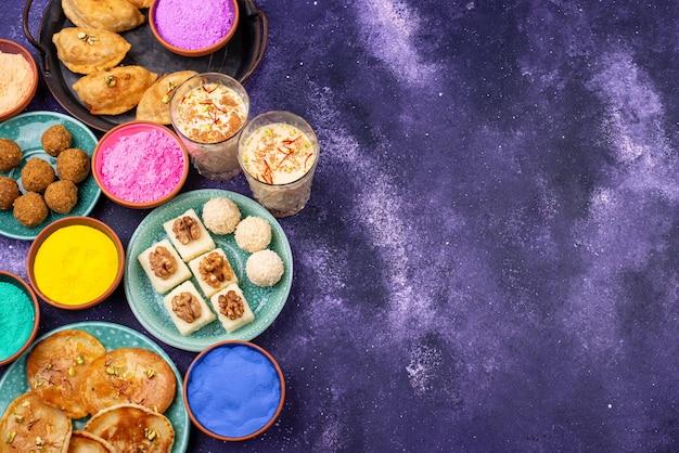 전통적인 인도 holi 축제 음식