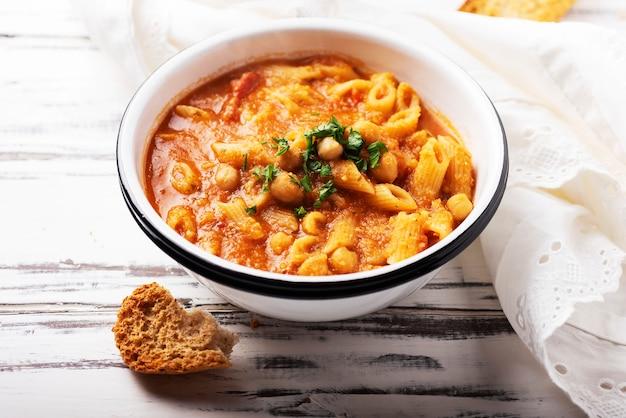 Traditional italian pasta e ceci