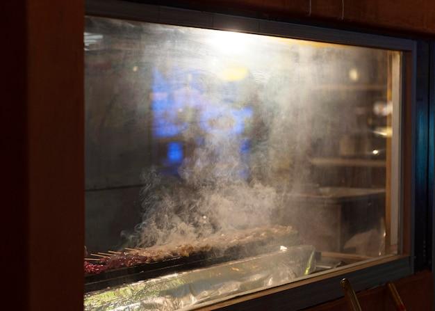 グリルで伝統的な日本食