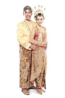 Традиционная свадебная пара ява