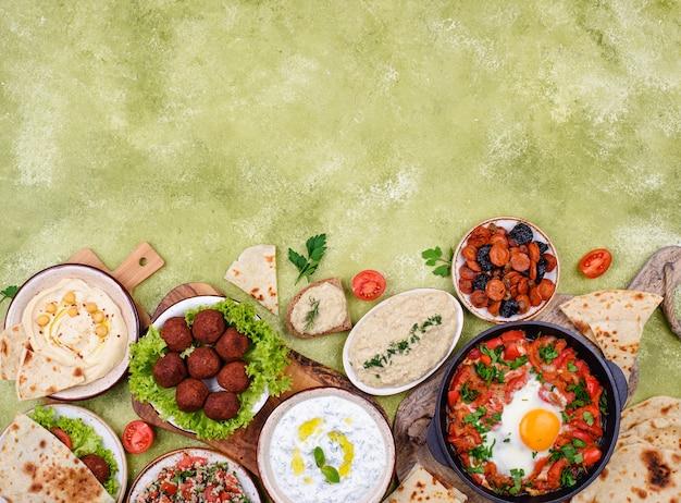 Традиционная еврейская израильская и ближневосточная кухня