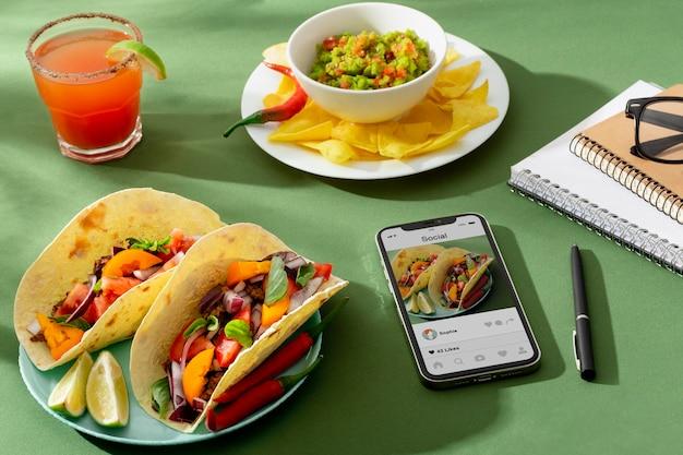 世界観光の日の伝統的なメキシコ料理