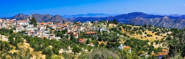 Традиционная горная деревня лефкара на кипре