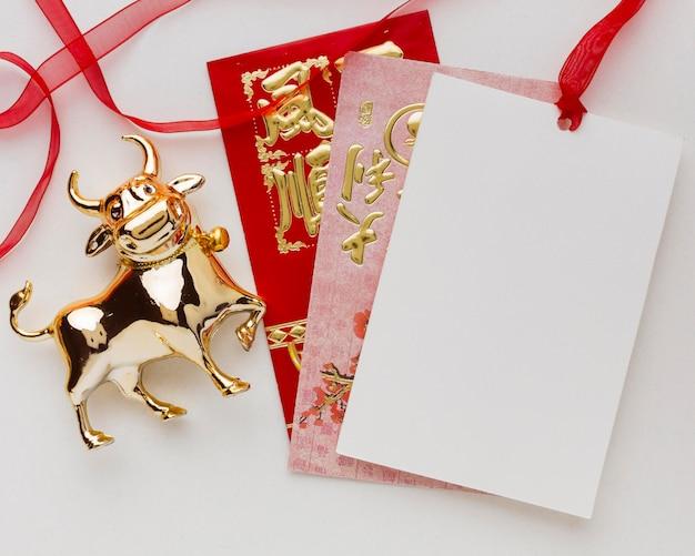 Традиционный новогодний китайский бык