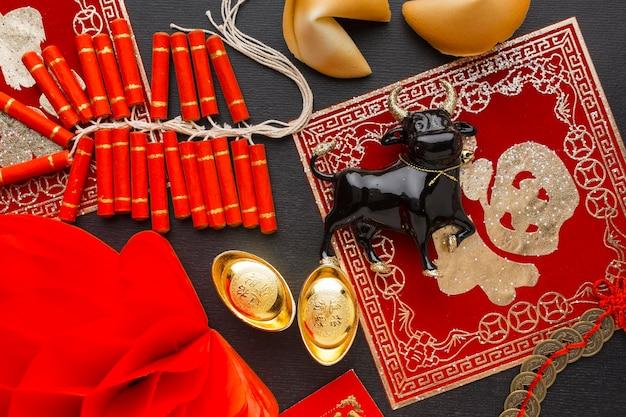 Традиционный новый год китайский бык вид сверху