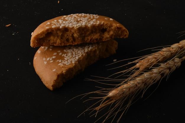 小麦粉と糖蜜で作られた伝統的な東洋の甘さ