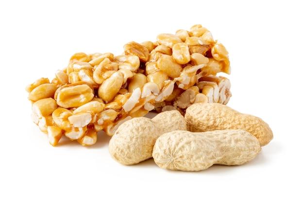 伝統的なピーナッツのもろいキャンディー