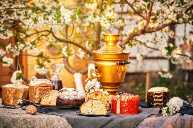 Традиционный русский пасхальный творожный десерт
