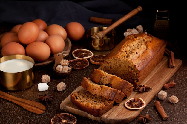 Traditional spice gingerbread cake with cinnamon