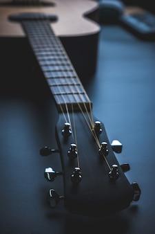 Традиционная деревянная народная гитара, музыкальный инструмент акустической музыки, часть классической народной гитары