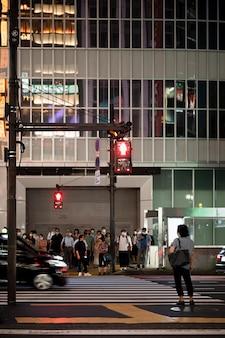 街の通りの信号