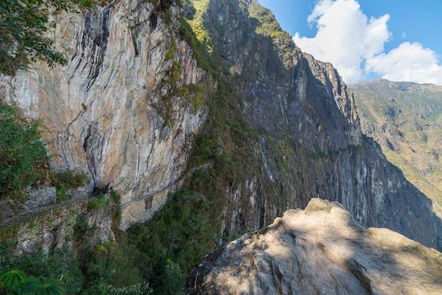 Trail leading to inca bridge at machu picchu, peru